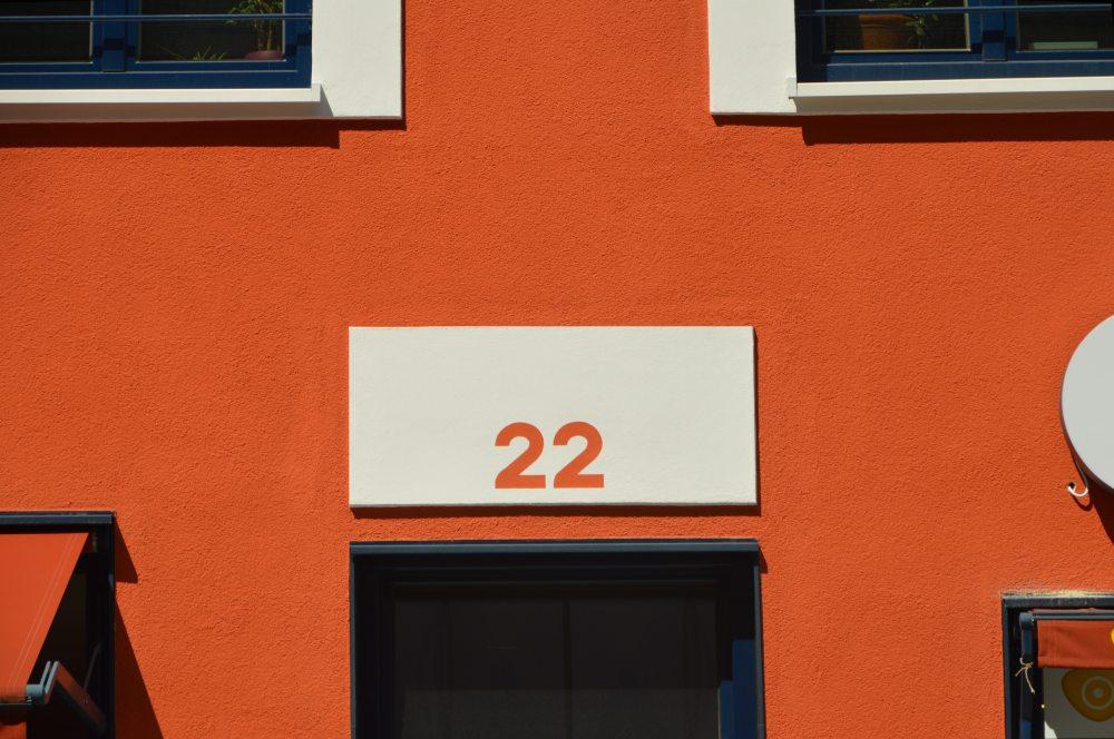 22-apartment-architecture-210790.jpg