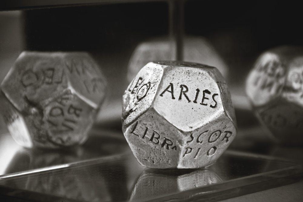 astrology-astronomy-blur-159670.jpg