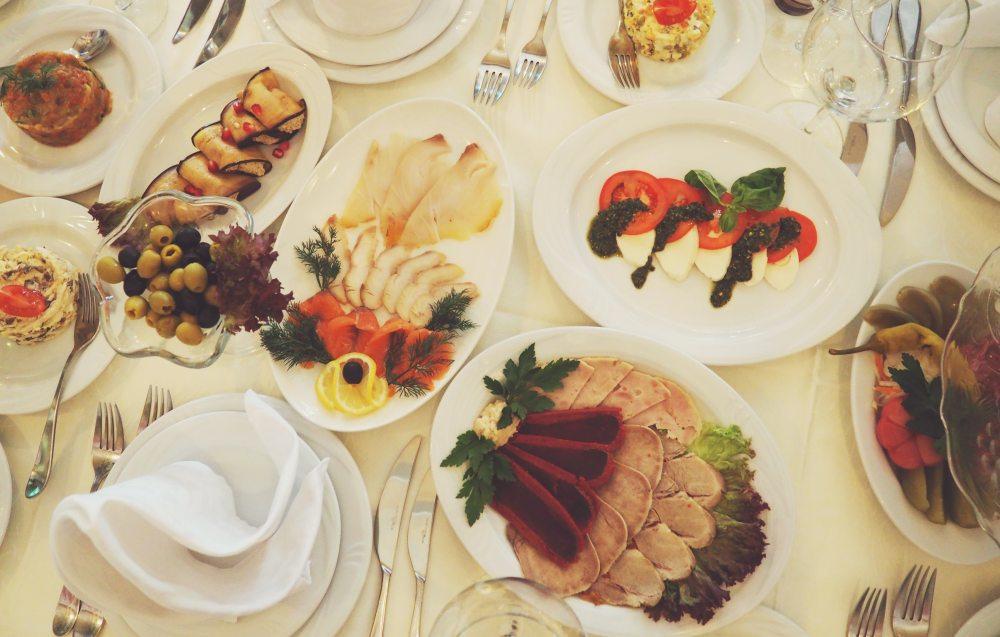 bites-dining-dinner-54296