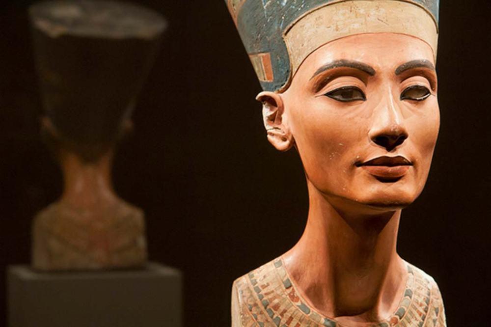 Nefertiti-Was-no-Pharaoh